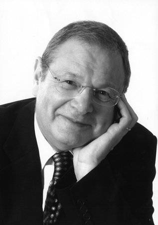 Photo of Martin Gilbert