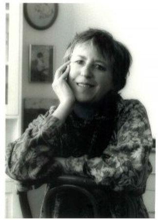 Photo of Elisabeth Harvor