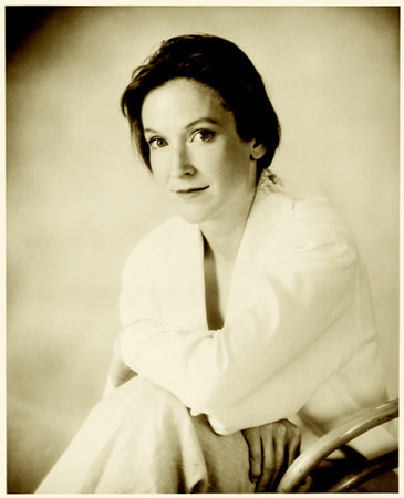 Photo of Stephanie Barron