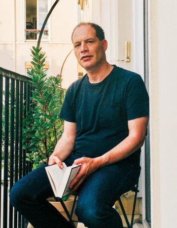 Photo of Simon Kuper
