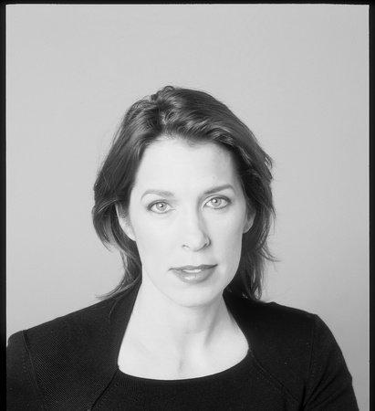 Photo of Julie Gregory