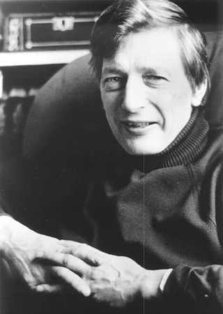 Photo of Peter Dickinson