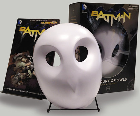 Batman: The Court of Owls Mask and Book Set (The New 52) by Scott Snyder